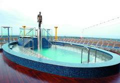 Costa Mediterranea Pools & Sonnendeck